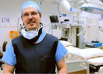 Dr.Daniel C. Pimentel-médico especialista em coluna